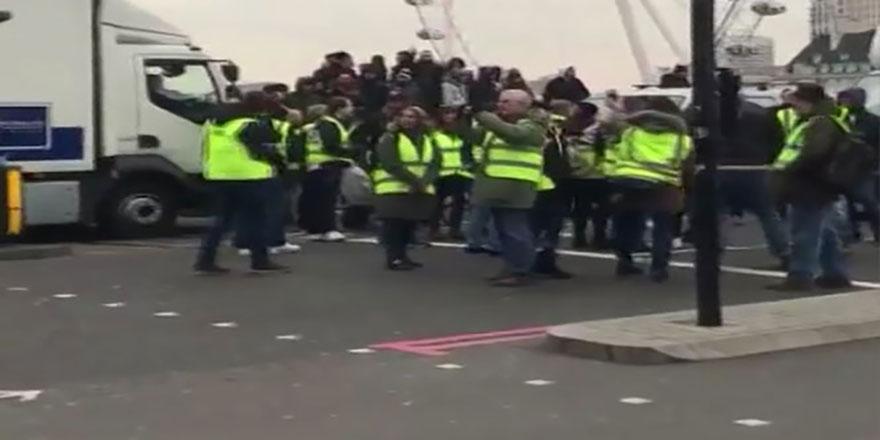'Sarı Yelekliler' eylemi o ülkeye de sıçradı