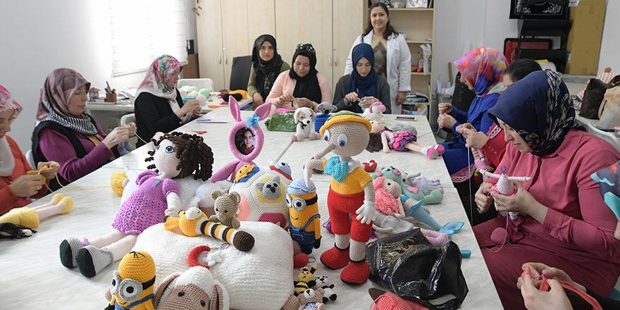 Çinli oyuncak yerine Amigurumi