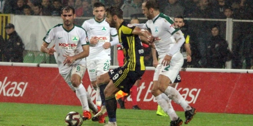 Fenerbahçe deplasmanda uçtu