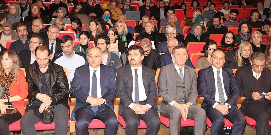 Bakan Ziya Selçuk Ersoy ve Beyatlı'yı anma konserine katıldı
