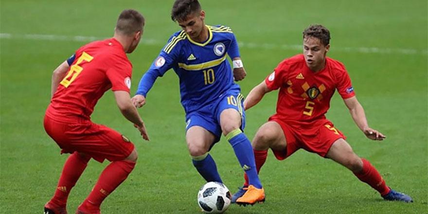 Fenerbahçe genç oyuncuyu yakın takibe aldı