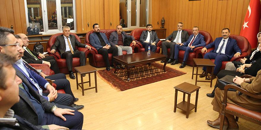 AK Parti'den Enver Demirel'e tam destek geldi
