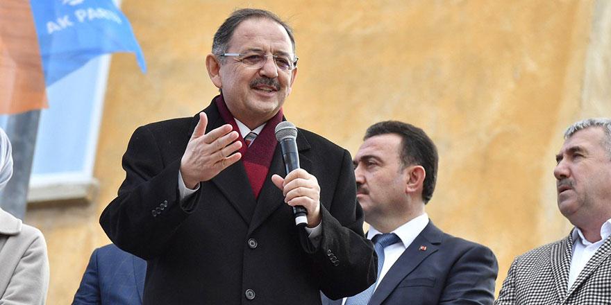 Mehmet Özhaseki Ankara'yı karış karış turluyor