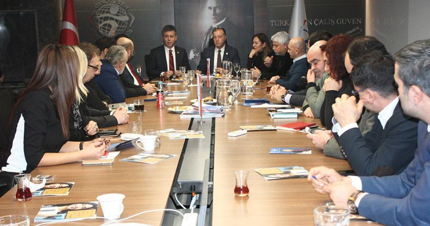 AK Parti Çankaya belediye başkan adayı Amber Türkmen, GGYD'ni ziyaret etti