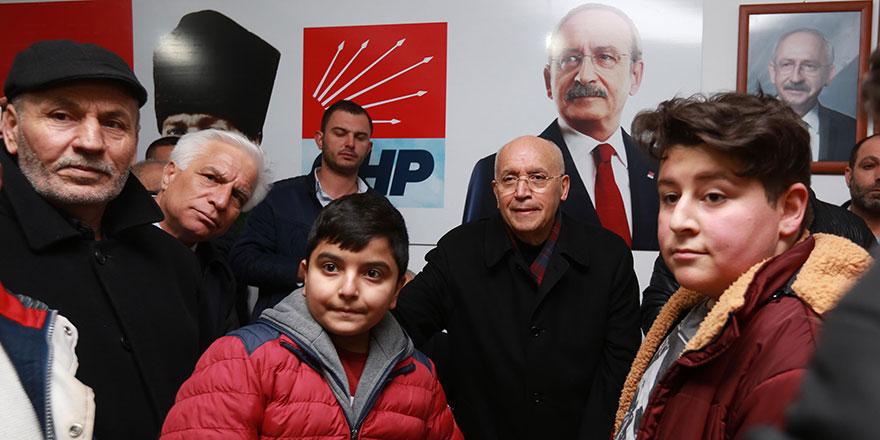 """Yaşar, """"Benim arkamda halk var"""""""