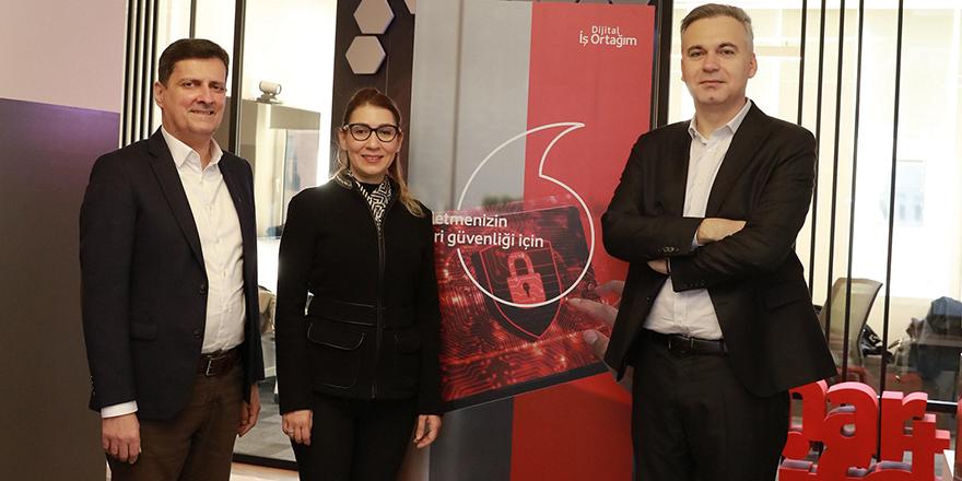 Vodafone'dan Hibrit Bulut Teknolojisi