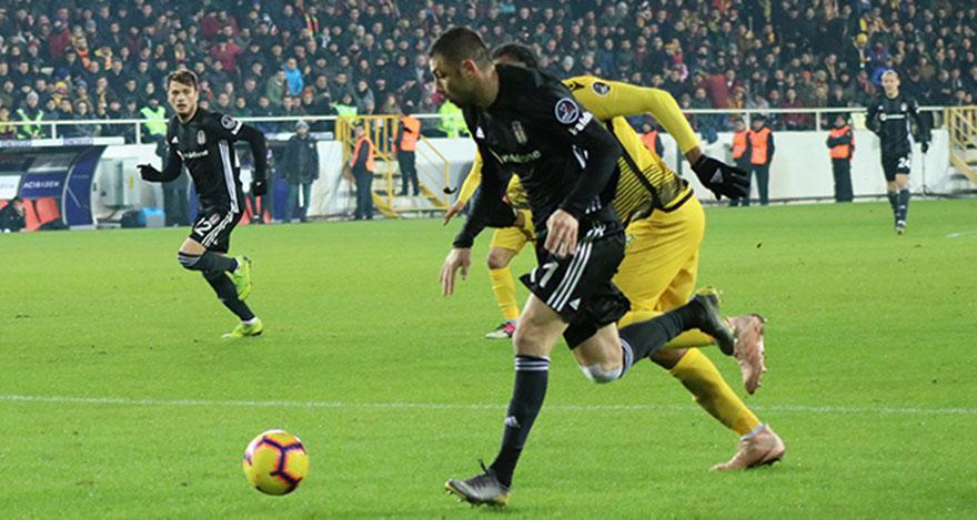 Beşiktaş, Yeni Malatyaspor'u 2 - 1 mağlup etti