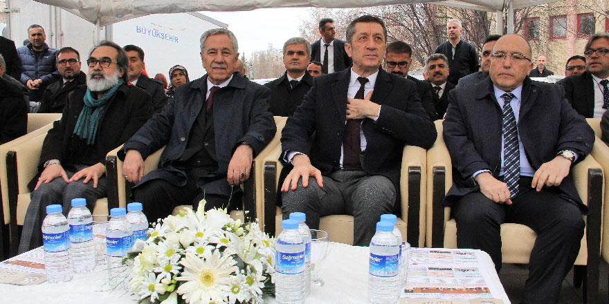 Mehmet Akif Ersoy Tacettin Dergahında anıldı