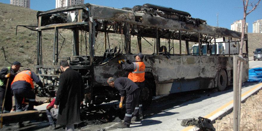 Başkentte EGO otobüsü kül oldu