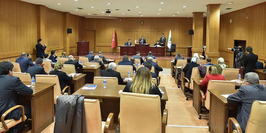 Yeni dönemin ilk meclis toplantısı