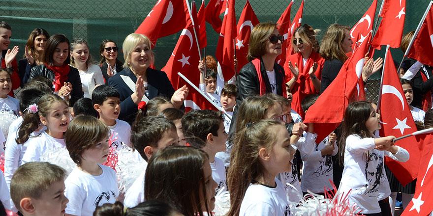 Oya Akın Yıldız Okulları'ndan 23 Nisan coşkusu