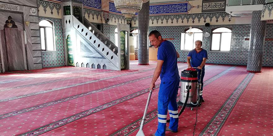 Camiler Ramazan ayına hazırlanıyor