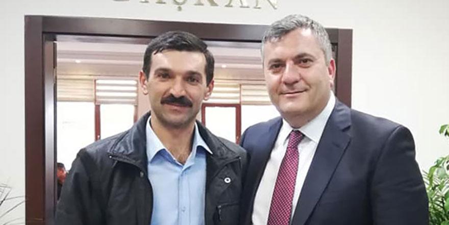 Çubuk Mahmutoğlan Mahallesi Heyeti Başkan Av. Baki Demirbaş'ı ziyaret etti