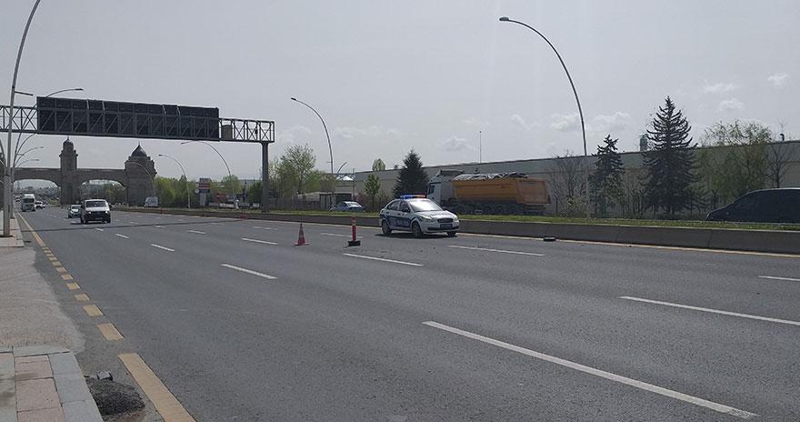 Polis uygulama noktasına araç daldı: 1 polis şehit