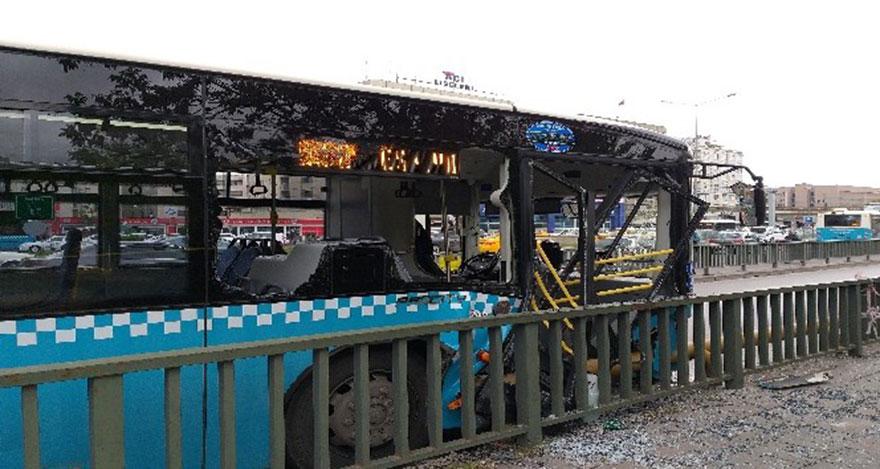 Halk otobüsü korkuluklara çarptı: 10 yaralı