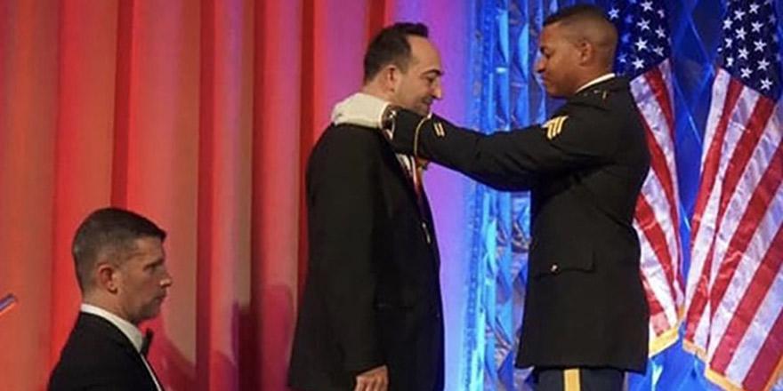 Amerika'da 3 Türk'e şeref madalyası