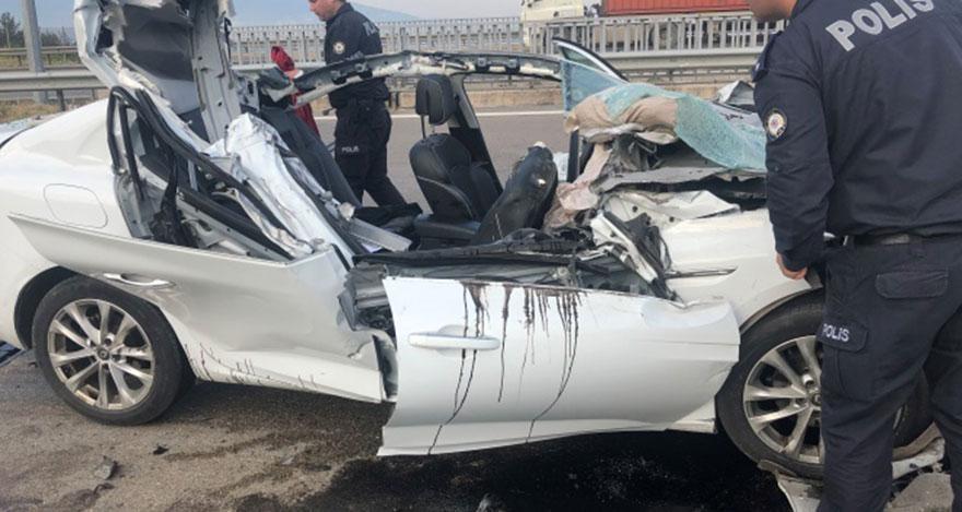 Direksiyon başında uyuyakalan sürücü dehşet saçtı