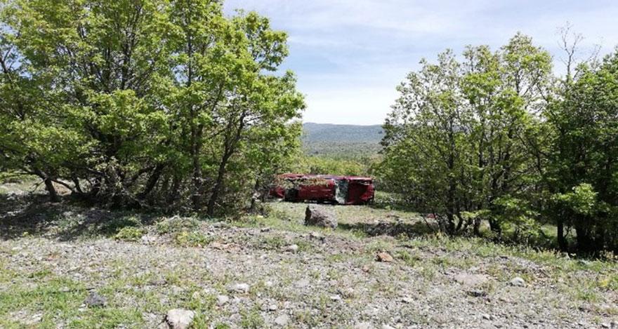 Ankara'da araç şarampole yuvarlandı: 4 yaralı
