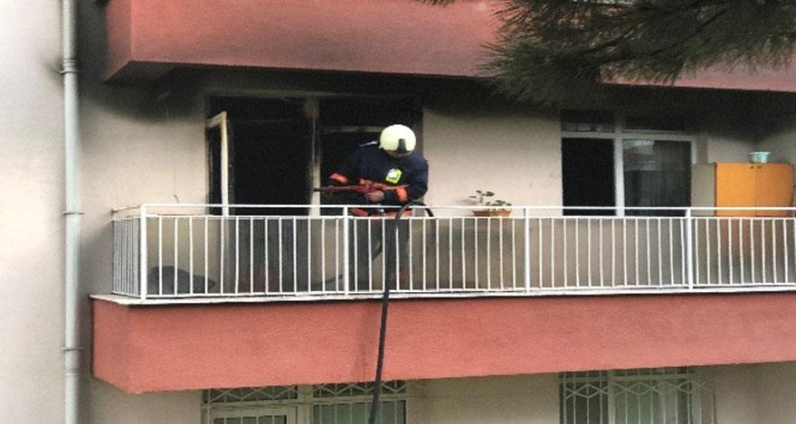 Ankara'da salonu yanan evde 3 kişi yaralandı