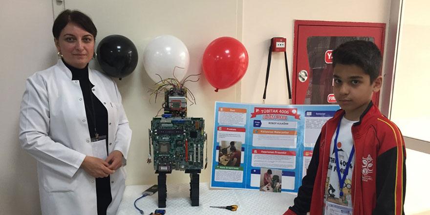 Geleceğin bilim insanları atıkları robotlara dönüştürdü