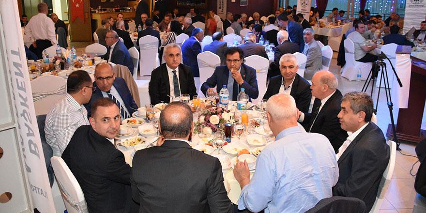 Başkent Aksaraylılar iftar yemeğinde buluştu