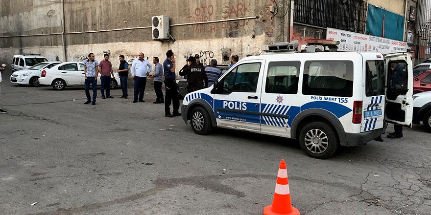 Başkent'te eğlence mekanına saldırı