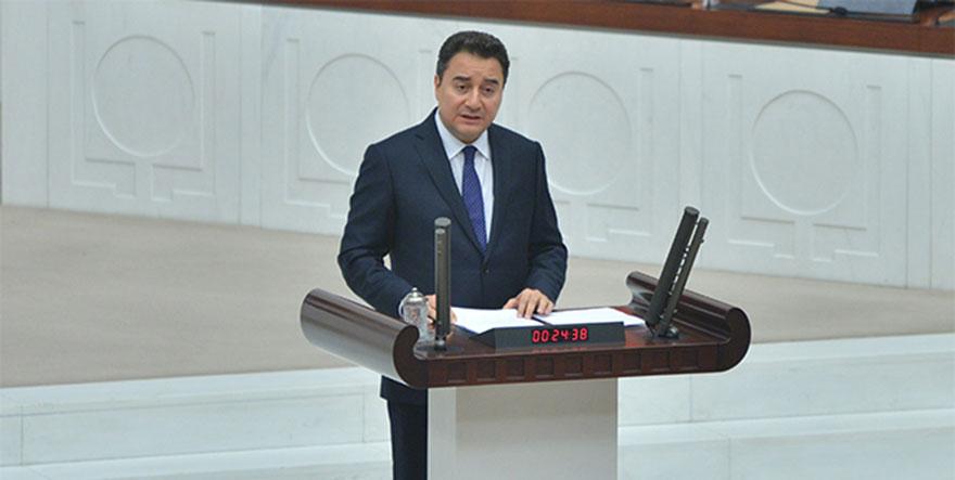 Ali Babacan istifasını verdi