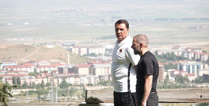 Mustafa Kaplan: Dört oyuncu alacağız