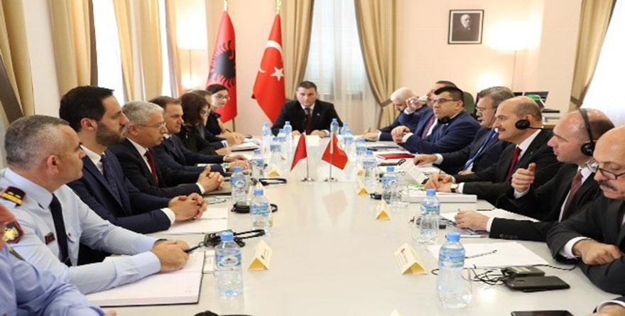 İçişleri Bakanı Süleyman Soylu Arnavutluk'ta