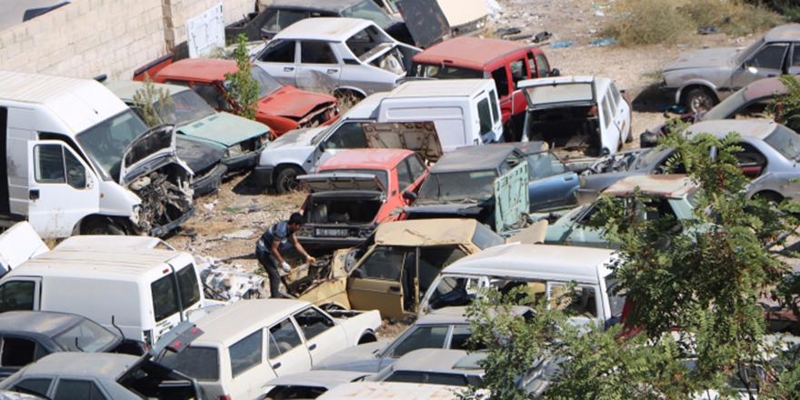 Ankara'da Yediemin otoparkı araç mezarlığına döndü