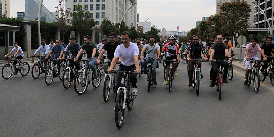 18. kuruluş yıldönümüne bisikletli kutlama