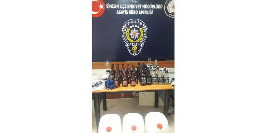 Sincan'daki kuaförde 36 şişe kaçak alkol ele geçirildi