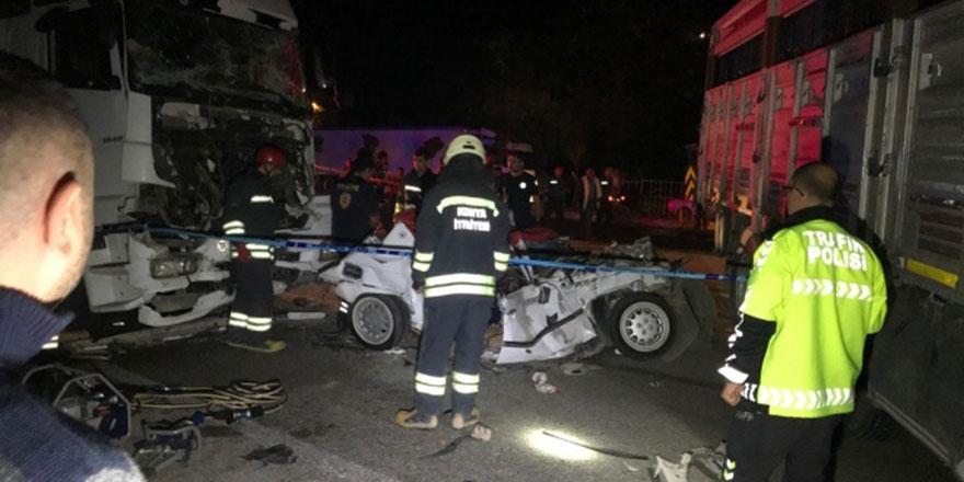 Akılalmaz kazada 3 kişi öldü