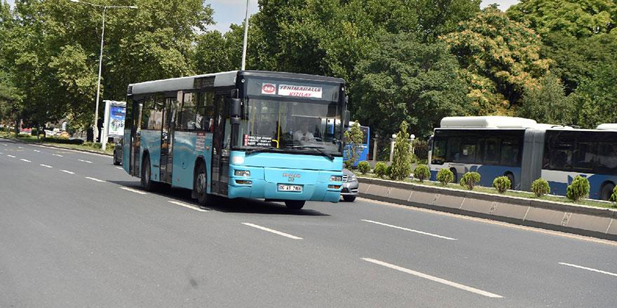 Mavi özel halk otobüslerinde Ankarakart dönemi