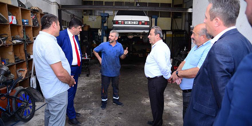 Başkan Oğuz'dan oto sanayi esnafına ziyaret