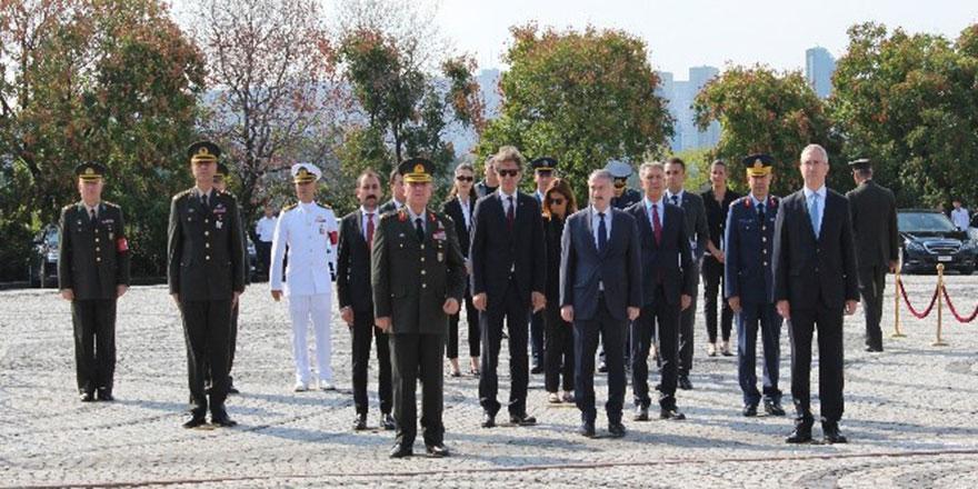 4. Cumhurbaşkanı Cemal Gürsel, kabri başında anıldı