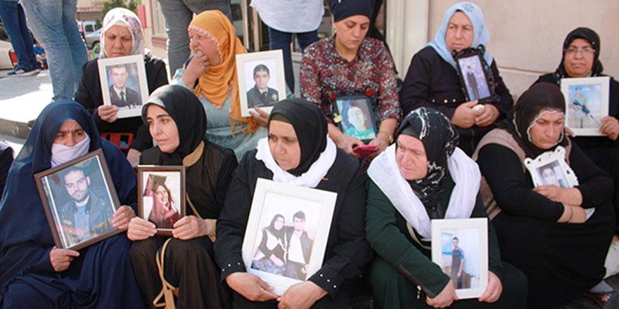 Diyarbakır annelerine 14.günde destek sürüyor
