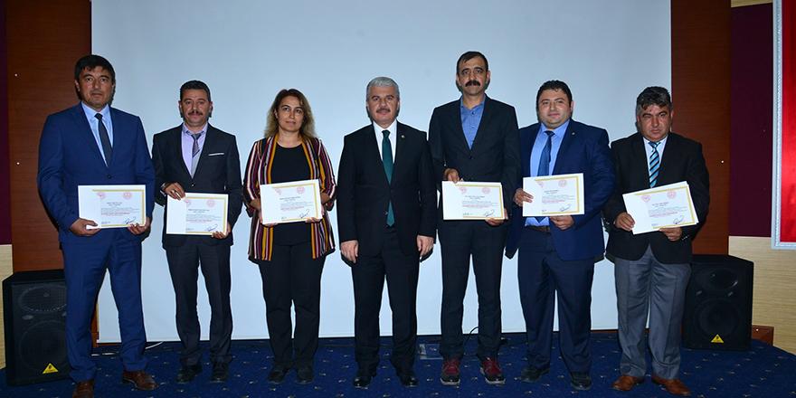 """Kırşehir'de  """"Beslenme Dostu Okul Sertifikası"""" dağıtıldı"""