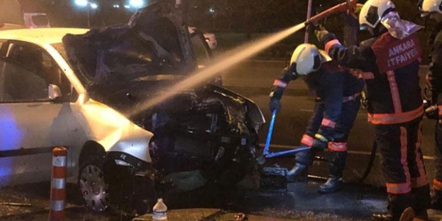 Çankaya'daki kazada otomobil alev aldı