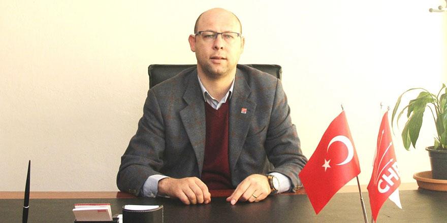 CHP'li başkan evinin önünde darp edildi