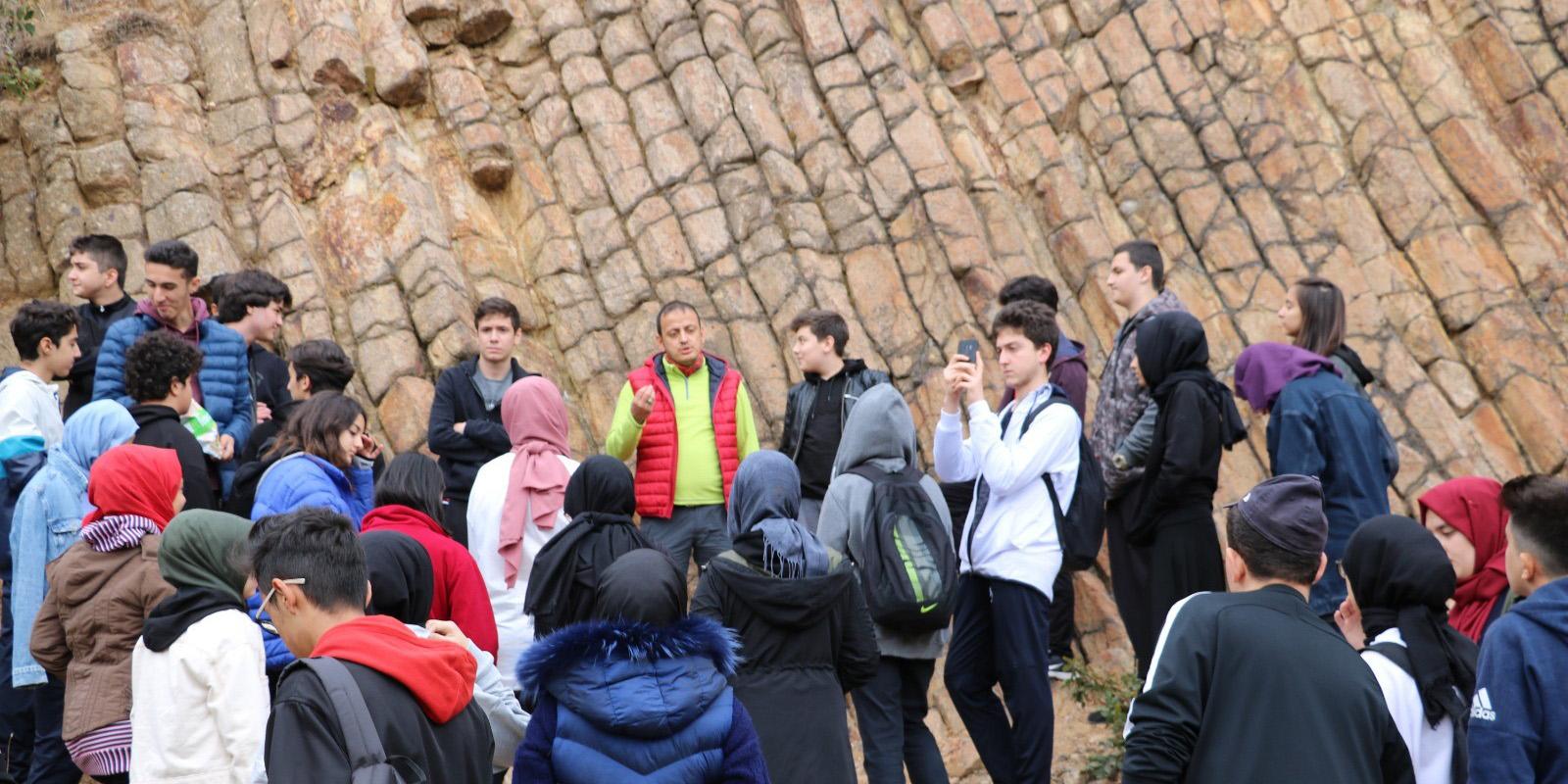 Kızılcahamam Jeopark alanları okul öğrencilerinin ders konusu