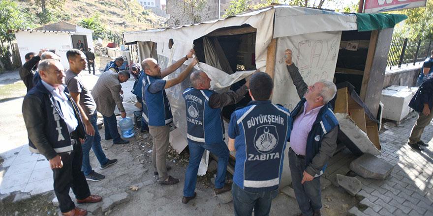 Ankara zabıtası iş başında