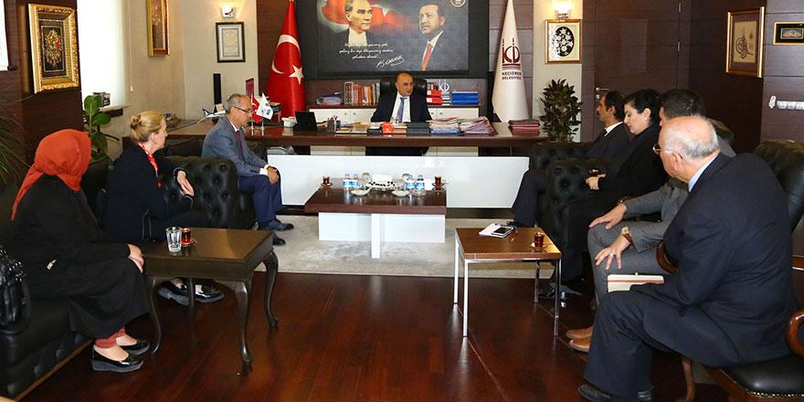 Keçiören Belediye Başkanı Turgut Altınok: Herkesin yanındayız