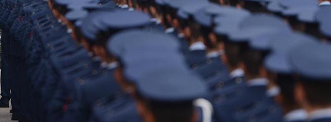 Askeri öğrenciler 22 Ağustos'a kadar başvuru yapacak