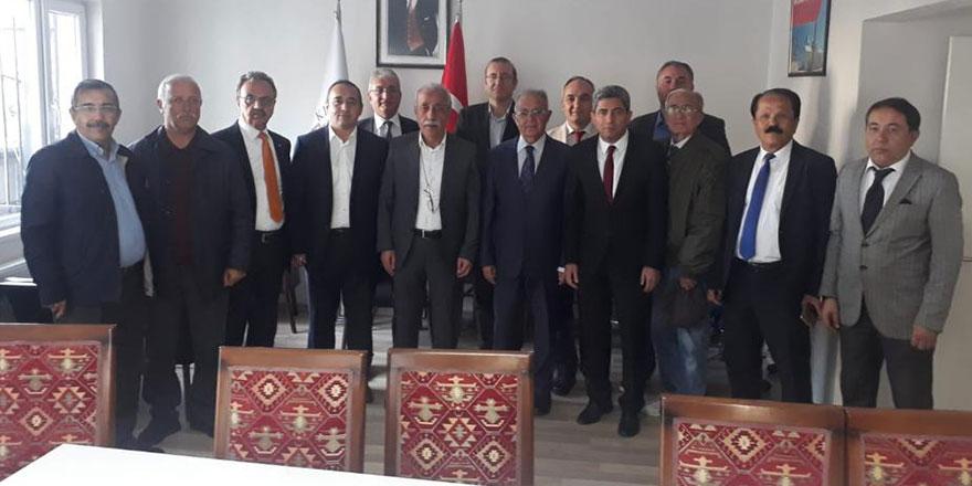 Kırşehirliler Derneği'nden Kırşehirliler Vakfı'na ziyaret