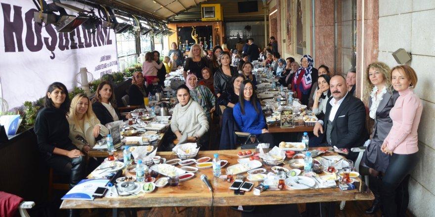 Orhan kadın üye esnaf ve sanatkarlar ile bir araya geldi
