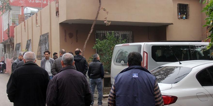 Adana'da evlat vahşeti: Annesini öldürdü