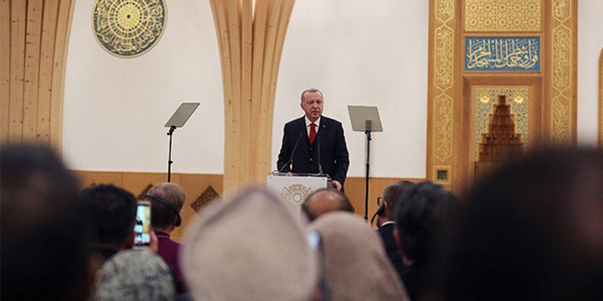 Erdoğan: İslami terör yaftasını kabul etmiyoruz