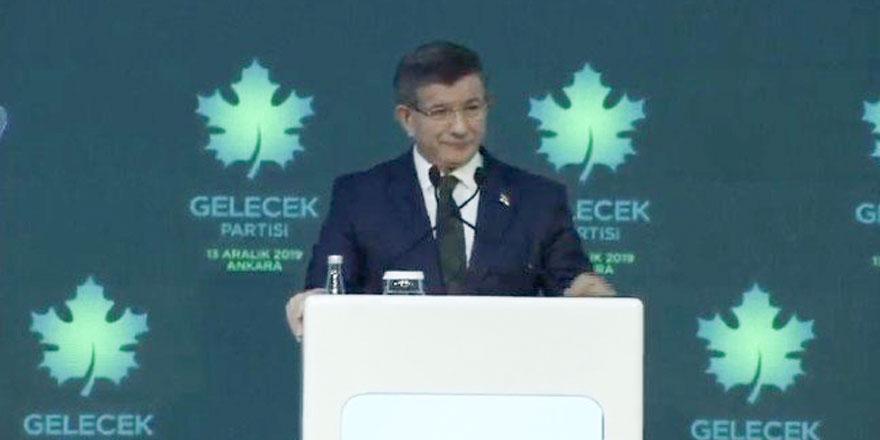 Ahmet Davutoğlu Gelecek Partisi'nin manifestosunu açıkladı