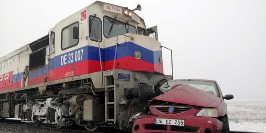 Kars'ta tren kazası! 3 ölü